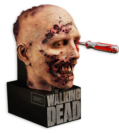coffret-collector-Walking-Dead-Saison-2-edition-limitee